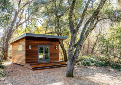 CEDAR GUEST HOUSE DESIGN-BUILD